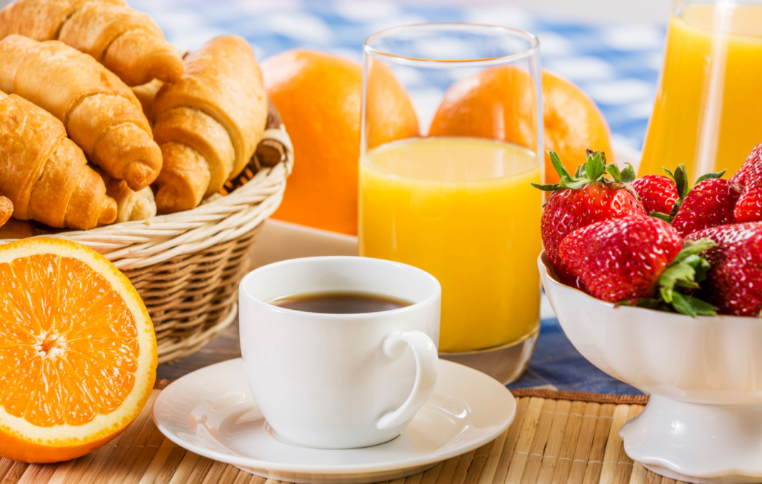 Breakfast Club | members only ONLINE